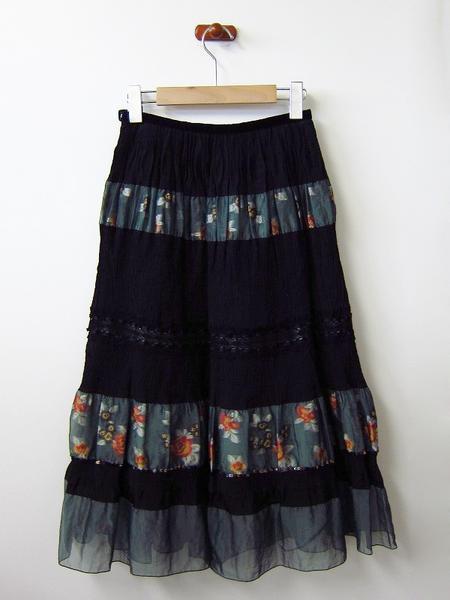 LoisCRAYON(ロイスクレヨン) 古着 リサイクル 刺繍楊柳切替しスカート