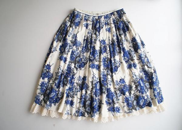 LoisCRAYON(ロイスクレヨン) 古着 リサイクル 花柄裾レーススカート