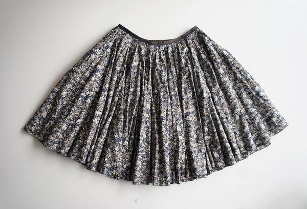 LoisCRAYON(ロイスクレヨン) 古着 リサイクル 小花柄ボリュームスカート