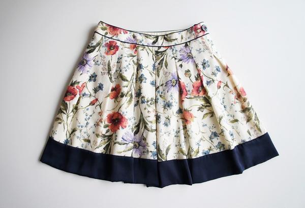 LoisCRAYON(ロイスクレヨン) 古着 リサイクル ウール花柄スカート