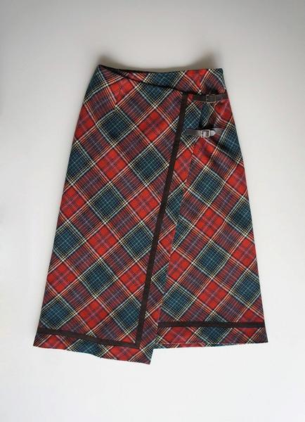 LoisCRAYON(ロイスクレヨン) 古着 リサイクル チェック柄ウール巻きスカート