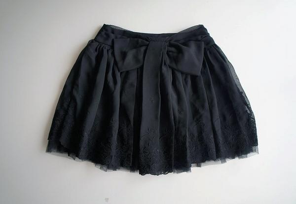 LoisCRAYON(ロイスクレヨン) 古着 リサイクル リボンフラワー刺繍スカート