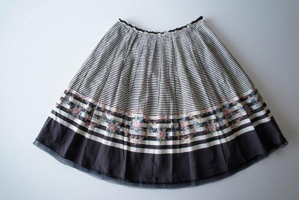 LoisCRAYON(ロイスクレヨン) 古着 リサイクル ボーダーフラワースカート