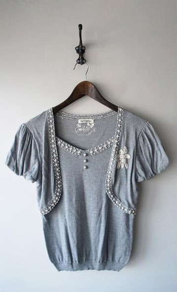 LoisCRAYON(ロイスクレヨン) 古着 リサイクル ナッツ刺繍ニットプルオーバー