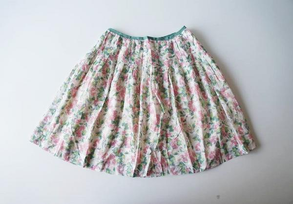 LoisCRAYON(ロイスクレヨン) 古着 リサイクル ボカシフラワープリーツスカート
