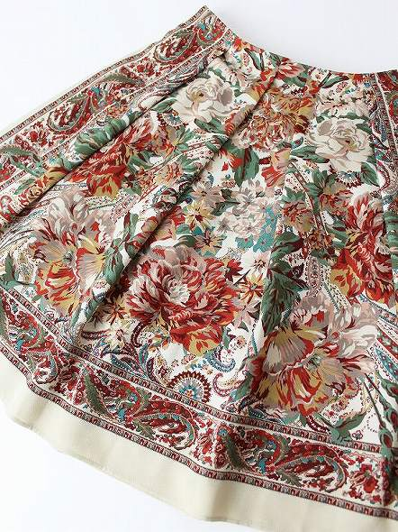 LoisCRAYON(ロイスクレヨン) 古着 リサイクル フラワー パネル スカート