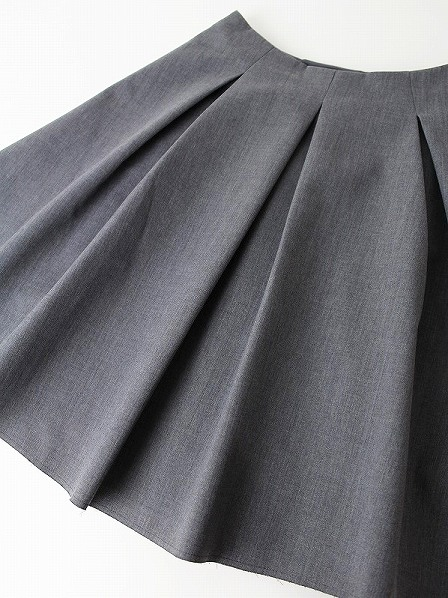 LoisCRAYON(ロイスクレヨン) タック フレア スカート