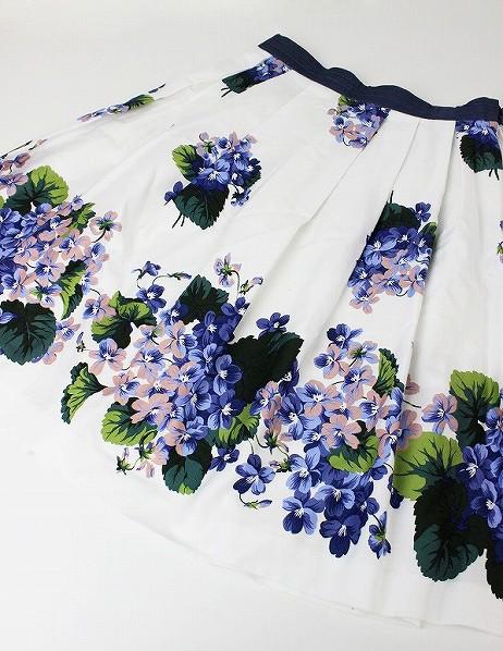 LoisCRAYON(ロイスクレヨン) スミレプリントフレアスカート