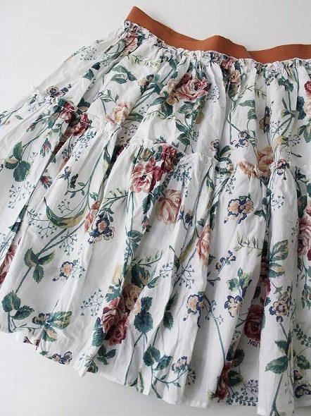 LoisCRAYON(ロイスクレヨン) ボタニカルプリントスカート