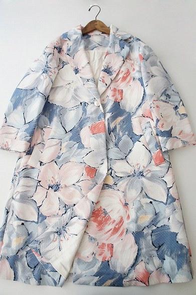 LoisCRAYON(ロイスクレヨン) ボカシフラワープリント コート
