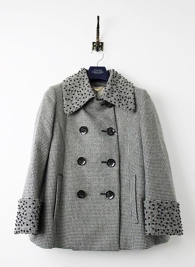 LoisCRAYON(ロイスクレヨン) 古着 リサイクル 2015 受注コート 刺繍入り フレア ピーコート